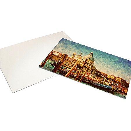Cartão Postal - Formato 10x15 cm - Papel Couche 300gr - 4x0 Cores - Verniz Reserva