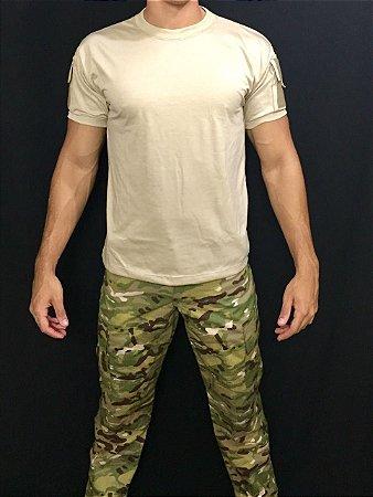 Camiseta TAN com bolso