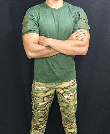 Camiseta Verde Oliva com bolso