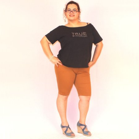 Bermuda Longuinha Colorida com elastano ate o joelho CALINA plus size