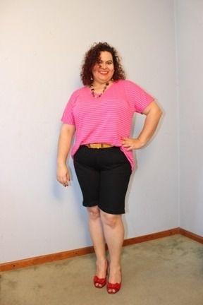 Bermuda Longuinha Jeans Preta Manoela até o joelho strech plus size
