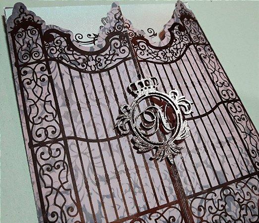 Convite portão realeza com brasão