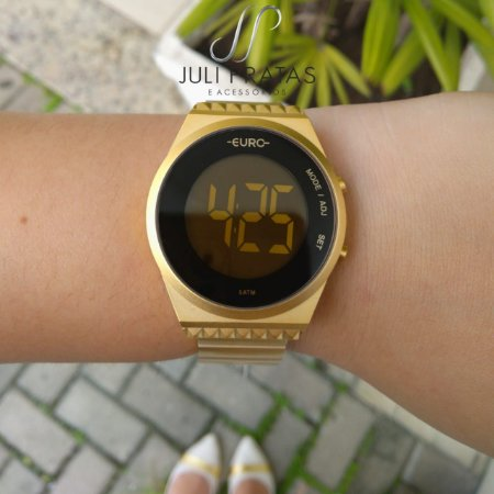 23a269e052b34 Relógio Euro Fashion Fit Slim Feminino Dourado EUBJT016AA 4D - Juli ...