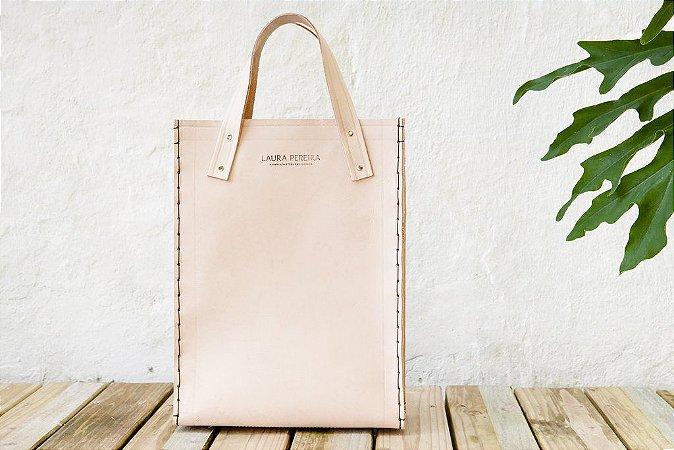 Bolsa Sacola natural - Feita a mão em Florianópolis em couro natural