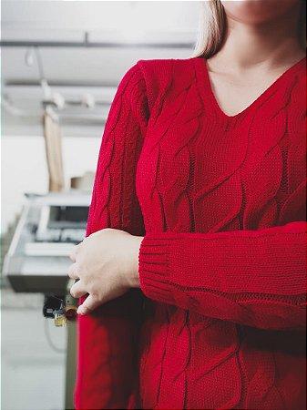 BLUSA FEMININA SOBRE LEGGING COM TRANÇAS E DECOTE EM V