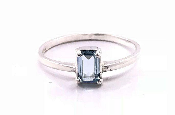Anel em Prata 925 com Cristal Azul Aqua Aro 20