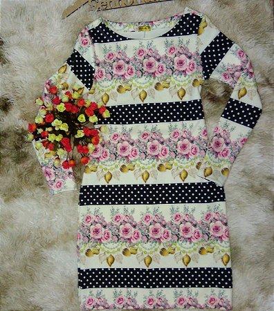 vestido poá com flores