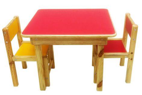 Conjunto de Mesa e Duas Cadeirinhas