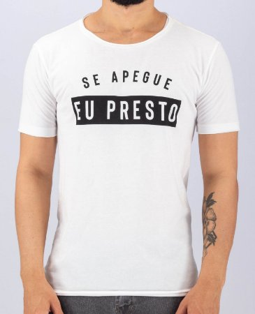 Camiseta Gola Careca Branca a Fio Apego