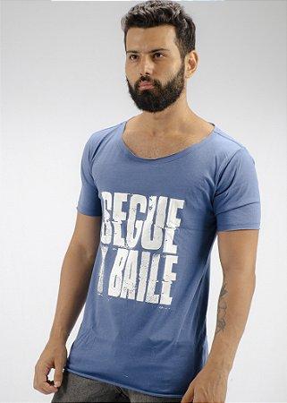 Camiseta Gola Canoa Marinho Segue o Baile