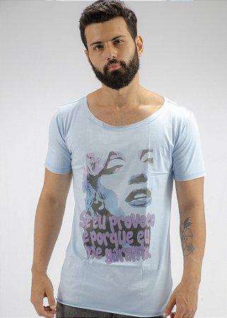Camiseta Gola Canoa Azul Claro Me Garanto