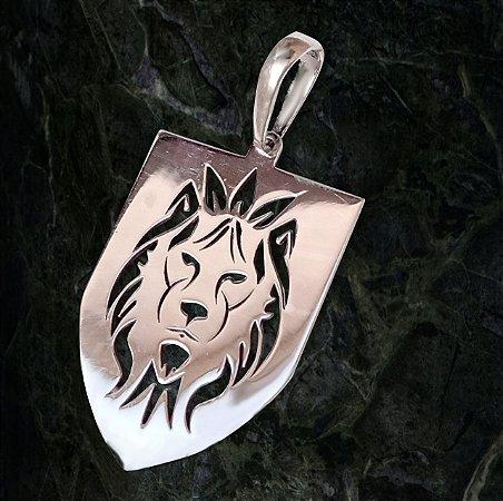 Pingente Escudo de Leão