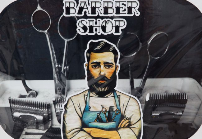 Placa Decorativa Retrô - Barber Shop Professional