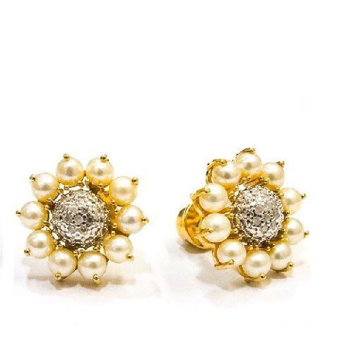 brinco flor em pérola e diamantes, ouro amarelo 18k