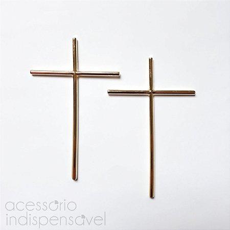 Brinco Crucifixo Médio