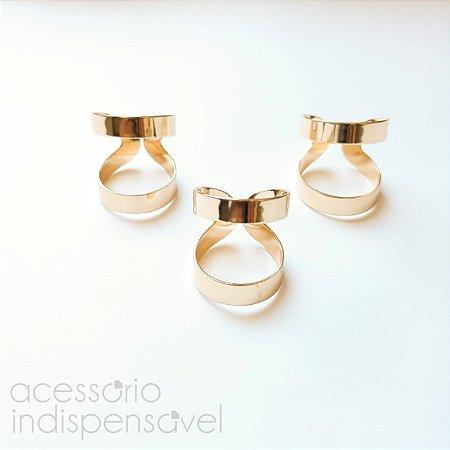 Kit com 3 Anéis Vazados Lisos Dourados Abertos