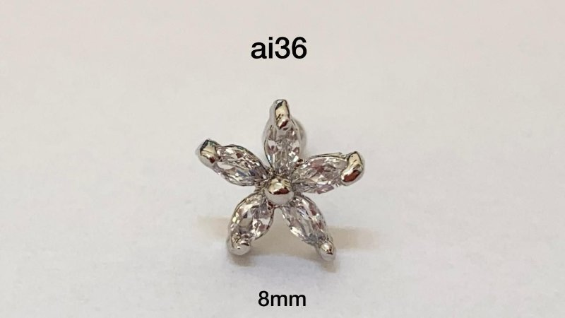 Tragus flor folheado 8mm