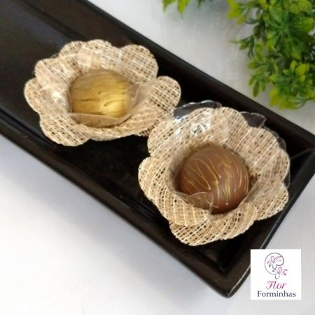 50 Forminhas Rustica Fios Brancos Flor Pessego - F013