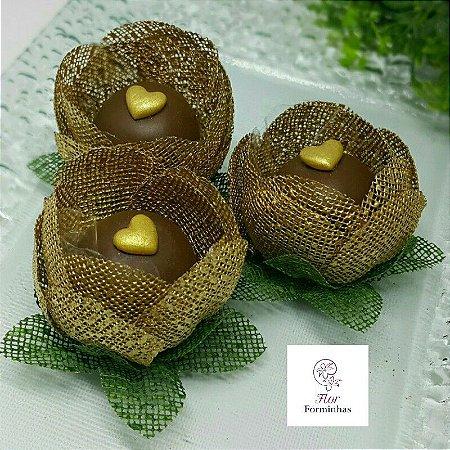 12 Formas para doces - Botão Camelia Dourado -F018