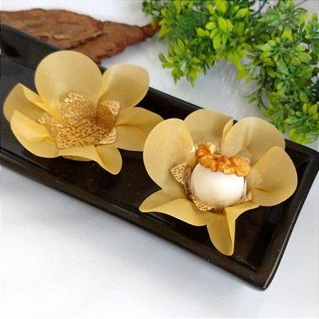 50 Forminhas Primavera Tafeta Caramelo- F005