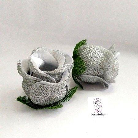 25 Forminhas para doces Flor Botão Rosa Branca F054