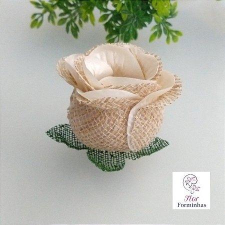 25 Forminhas para doces Flor Botão Rosa Rústico em Juta Marfim - F055