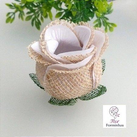 25 Forminhas para doces Flor Botão Rosa Rústico em Juta Branco - F055