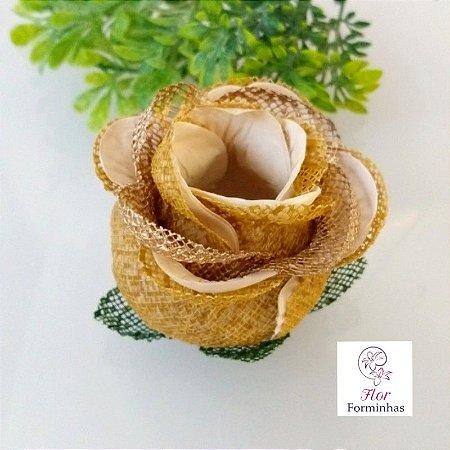 20 Forminhas para doces Flor Botão Rosa Super Luxo Caramelo com Dourado - F059
