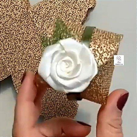 100 Porta Bem Casado em tela com Flor Em Cetim - Flor Marfim  B009