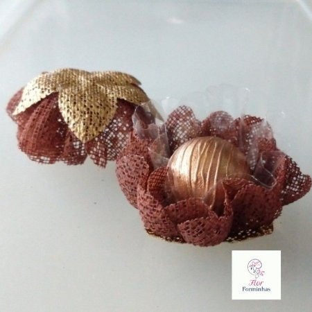 25 Forminhas para doces Gerbera -Chocolate - F065