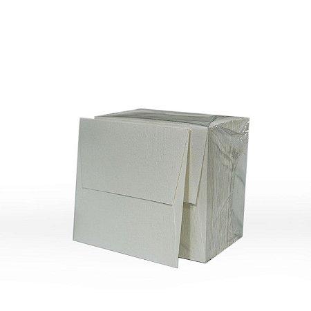 Lote 51 - Envelope Aba Reta 8,0x8,0 - 50 unid.