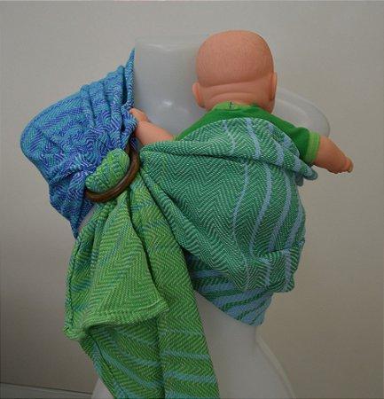 Sling de Criança Verde (para bonecas)