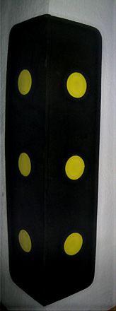 Protetor de Colunas preto com bolas amarelas 70x30cm
