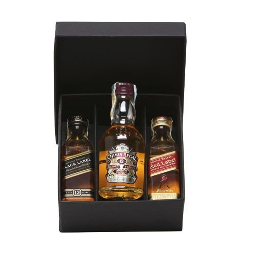 Kit 3 Whiskys Mini 50ml Black Label  Chivas 12 anos e Red Label