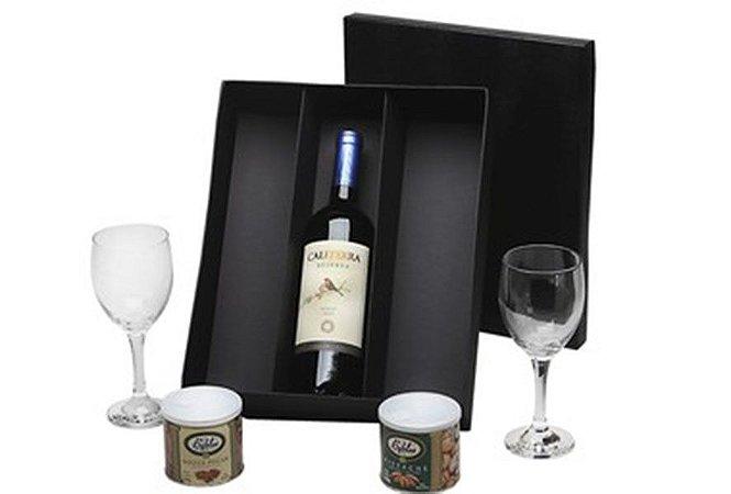 Kit Vinho Chileno Tinto Caliterra 750ml com Taças e Castanhas