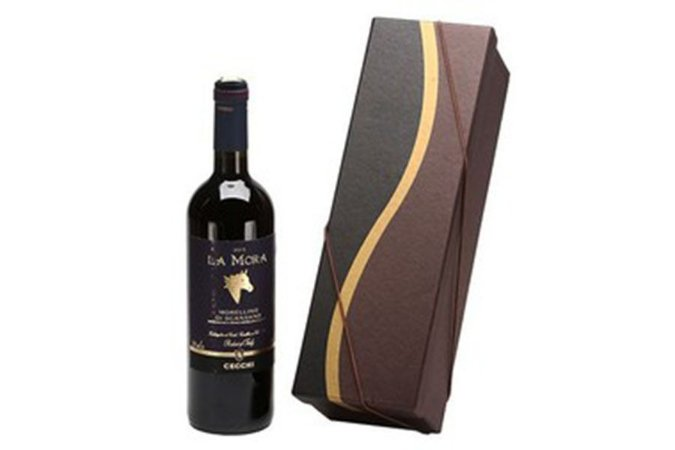 Kit Vinho Italiano Tinto La Mora Cecchi 750ml Caixa Marrom