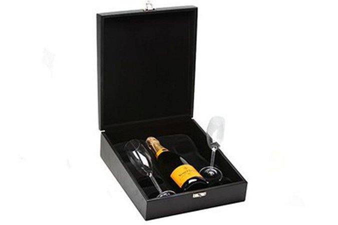 Kit Champanhe Veuve Clicquot 750ml  em Caixa Madeira com Taças Cristal
