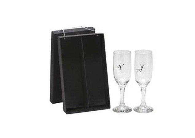 Kit com Taças para Brinde aos Noivos