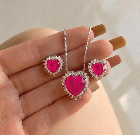 Conjunto Coração Pedra Fusion Rosa Neon Com Zircônias Diamond Ródio Branco