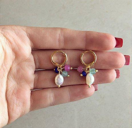 Argolinha Cacho Pedra Natural Amazonita, Jade Pink, Azul Bic e Pérola de Água Doce Dourado