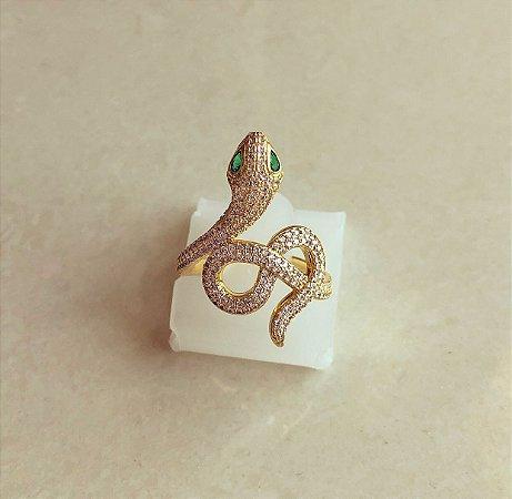 Anel de Cobra Cravação Mil Zircônias Diamond e Verde Esmeralda Dourado