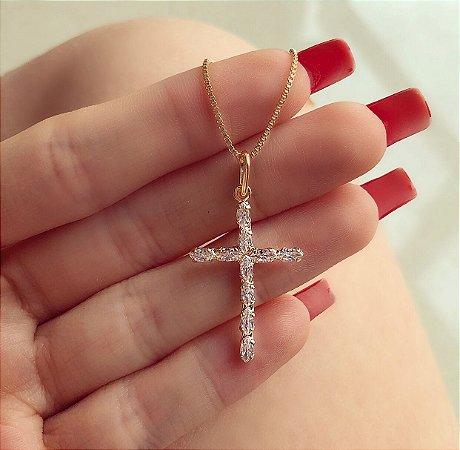 Corrente Cruz Delicada com Zircônias Diamond Dourado