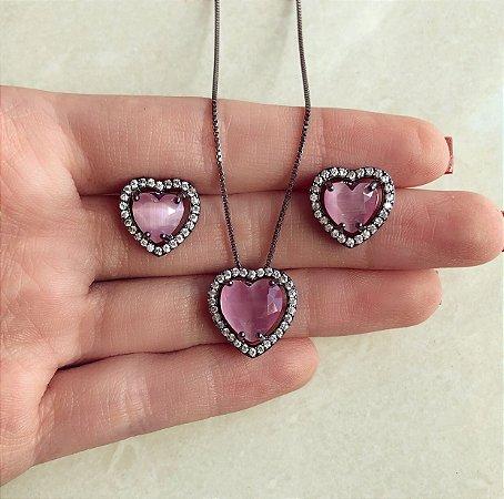Conjunto Coração Luxo Pedra Calcedônia Safira Rosa/Zircônias Diamond Ródio Negro