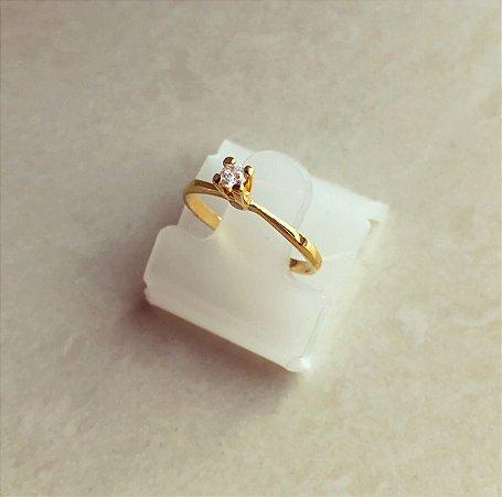 Anel Solitário Cravação de Zircônia Diamond Dourado