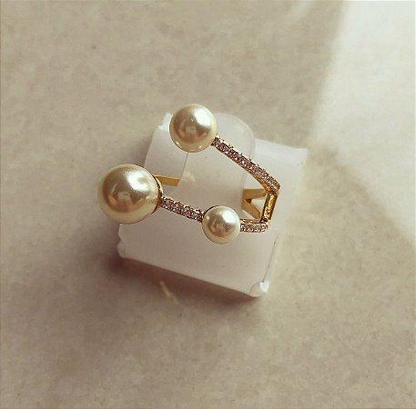 Anel Luxury Pérolas com Micro Cravação de Zircônias Dourado