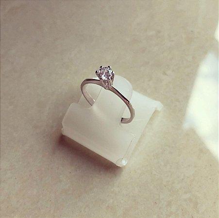Anel Solitário Cravação de Zircônia Diamond Ródio Branco
