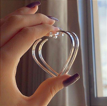 Argola Grande Coração Grossa Banhada a Prata