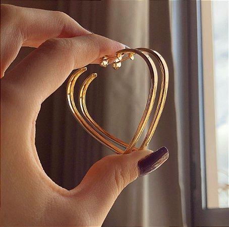 Argola Grande Coração Grossa Dourado