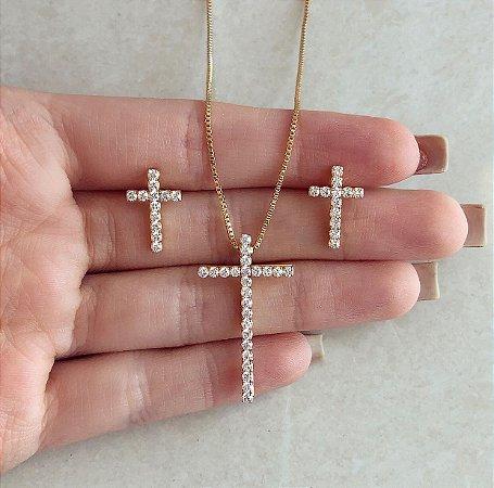 Conjunto Cruz Cravação Zircônias Diamond Dourado