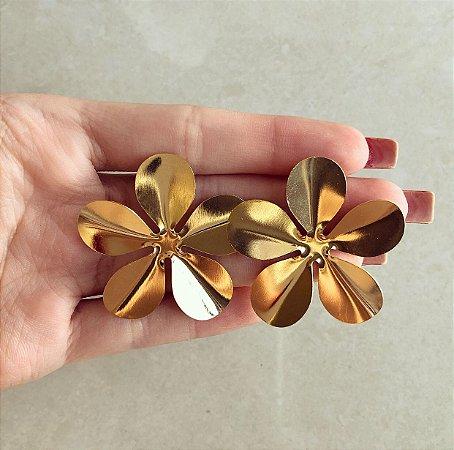 Brinco Maxi Flor Dourado